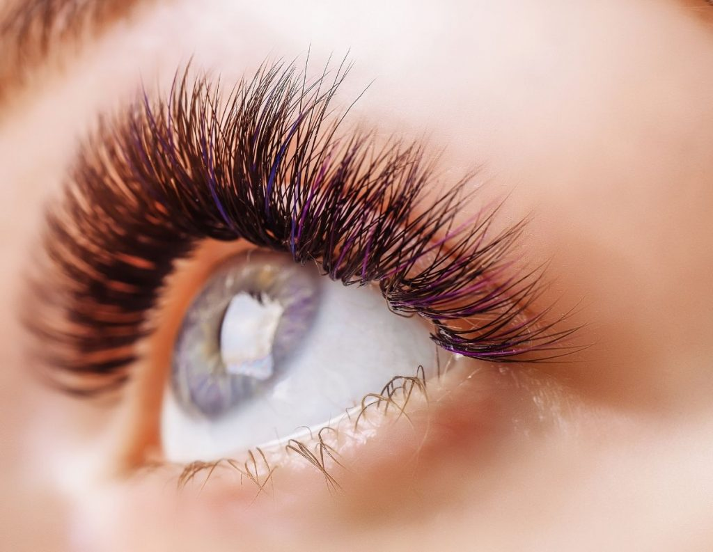 Make Eyelashes Grow Luxrious And Long